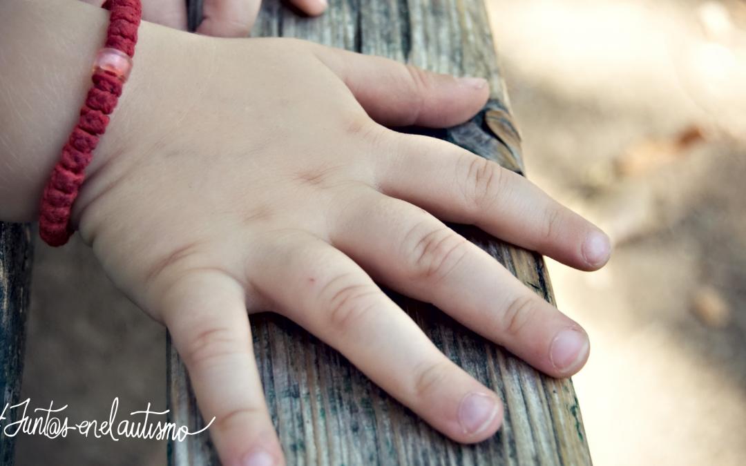 ¿Son más sensibles unos niñ@s con autismo que otros a la sensación del tacto?